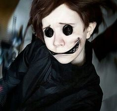 Make Coraline Wybie costume yourself maskerix.de - Make Coraline Wybie costume yourself Costume idea for carnival, Halloween & carnival - Costume Coraline, Coraline Makeup, Horror Makeup, Scary Makeup, Makeup Art, Makeup Ideas, Makeup Tricks, Sfx Makeup, Creepy Halloween Makeup