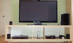 Meuble TV EXPEDIT sans câbles qui trainent