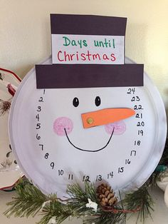 Paper plate countdown until Christmas craft
