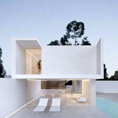 "11.6 mil Me gusta, 73 comentarios - Architecture & Design (@_archidesignhome_) en Instagram: ""✨Bruna House designed by @ruivieiraoliveira Follow @ruivieiraoliveira for more designs Location:…"""