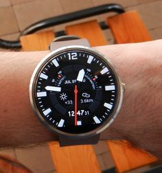 Traveler Watch Face is a cool, modern and stylish watch face for your Android Wear device (Moto 360 and other). Sporty design, high readability, luxury look.