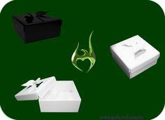 Caixas angel em acrílico branco e preto.  Angel boxes in white and black acrylic.