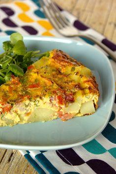 Cinco Quartos de Laranja: Frittata de batata com tomate e bacon