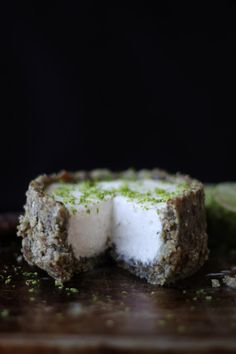 This Rawsome Vegan Life: COCONUT CREAM LIME PIE
