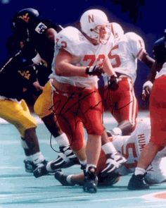 Zach Weigert -OT In 46 games as a Nebraska Cornhusker, Zach Weigert gave up just one sack. Not surprisingly, he became one of Nebraska's most-decorated offensive linemen in a long line of highly-decorated Husker O-linemen.