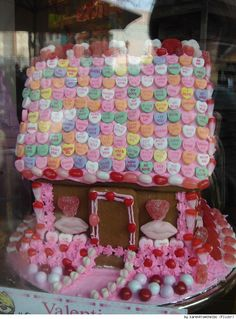 VALENTINE DAY Gingerbread house inspirations