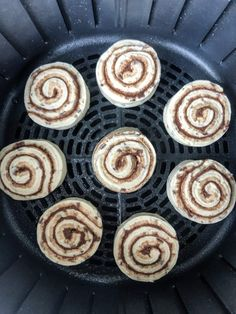 Air Fryer Cinnamon Rolls: This quick and easy breakfast recipe helps get breakfast on the table in five minutes flat! No more waiting for the oven to. Air Fryer Recipes Breakfast, Air Fryer Oven Recipes, Air Frier Recipes, Air Fryer Dinner Recipes, Pillsbury Cinnamon Rolls, Cooks Air Fryer, Air Fried Food, Oven Canning, Quick And Easy Breakfast