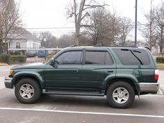 2001-Toyota-4Runner-side