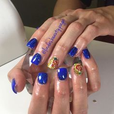 wedding beauty and the beast 31 Beauty and the Beast Nails gt; Beauty And The Beast Nails, Beauty And Beast Wedding, Disney Beauty And The Beast, Beauty Nails, Beauty Beast, Disney Nail Designs, Nail Art Designs, Emma Watson, Hair And Nails