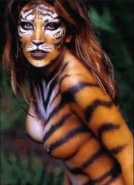 woman in body paint