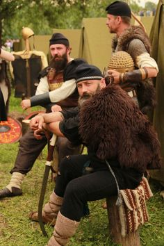 © Asociatia Culturală Geto-Dacii din Moldova Iron Age, Moldova, European Countries, Dark Ages, Roman Empire, Fantasy Characters, Rome, Behind The Scenes, Military