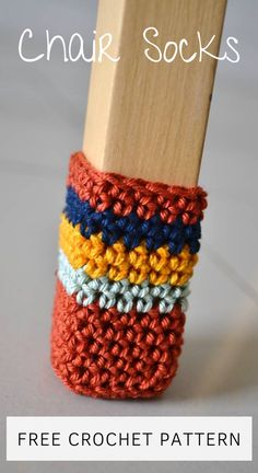 Chair Socks FREE Crochet Pattern Chair Socks FREE Crochet Pattern,Knit & Crochet Home Decor Patterns Are you sick of the screaching sound your chairs make? Sick of getting your floors scratched? Make these crochet. Quick Crochet, Crochet Home, Crochet Yarn, Single Crochet, Crochet Stitches, Crochet Coaster, Needlepoint Stitches, Crochet Gratis, Crochet Socks