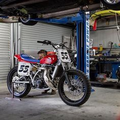 2-Stroke Crush:  Honda CR500 Tracker by @adamcsgarage of @csgarage. : @earnestco :: #2stroke #cr500 #dirtbike #motocross #tracker #flattrack #streettracker