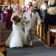 Lindsey and Rick/ Historic Sacred Heart Church Mermaid Wedding, Lace Wedding, Wedding Dresses, Sacred Heart, How To Memorize Things, Weddings, Fashion, Bride Gowns, Wedding Gowns