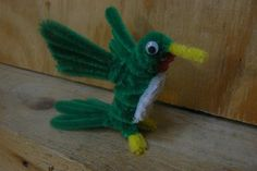 Hummingbird - 50  Pipe Cleaner Animals for Kids, http://hative.com/pipe-cleaner-animals-for-kids/,