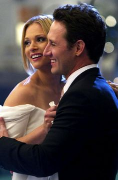 """The wedding of JJ (AJ Cook) and Will (Josh Stewart) on """"Criminal Minds"""" Love the show, love the cast, love that my daughter is the female Spencer Reid. Spencer Reid, Thomas Gibson, Criminal Minds Tv Show, Josh Stewart, Detective, Behavioral Analysis Unit, Jennifer Jareau, Crimal Minds, Tv Couples"""
