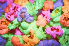 Food Colored Popcorn shared by MercedesCorvette Colored Popcorn, Popcorn Recipes, Crazy Colour, Paint Party, Food Coloring, Recipe Using, Food Porn, Goodies, Snacks