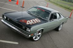 """1970 Plymouth Duster -- Love the """"understated"""" badgeing on the hood. Loud, Brash and proud --NICE!"""
