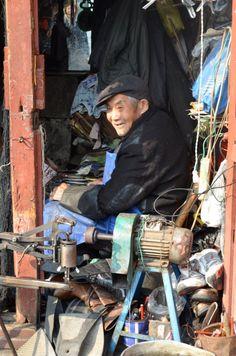 shoe repair in Shanghai