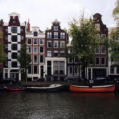 "4,275 Me gusta, 63 comentarios - Stefan Karlström (@stefankarlstrom) en Instagram: ""Canal houses"""