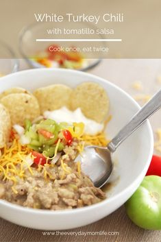 The best turkey chili for all your little turkeys. Your kids and your spouse will love this recipe for weeknight dinners. Make it once and eat twice with left overs! One pot too! And great for the Super Bowl! #chilirecipes #familydinner #dinner