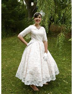 Custom A-Line V-Neck Tea Length Lace Garden Wedding Dresses with Half Sleeves fot Fall