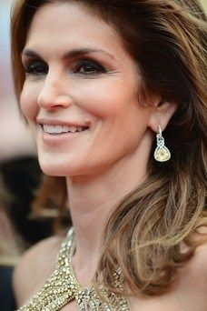 Cindy Crawford wearing Chopard at Cannes 2013.
