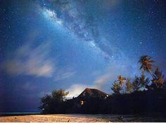 Milky way over Paje Beach Nights in Zanzibar. This is so beautiful!