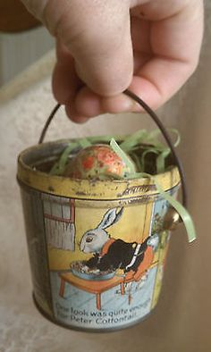 ANTIQUE LOVELL & COVEL EASTER TIN CANDY PAIL PETER COTTONTAIL