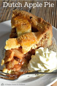 This Dutch Apple Pie (aka Appeltaart) is a national favourite here in the Netherlands. Filled with a delicious mixture of apple, raisin and cinnamon this traditional pie recipe is a guaranteed crowd pleaser! Easy Desserts, Delicious Desserts, Dessert Recipes, Yummy Food, Dutch Desserts, Vegetarian Desserts, Pie Dessert, Apple Cake Recipes, Tart Recipes