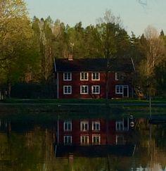 Home in Sweden .
