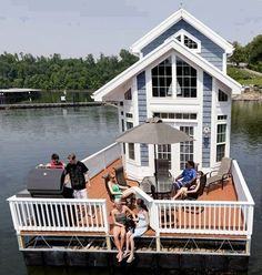 A tiny house, as a house boat!