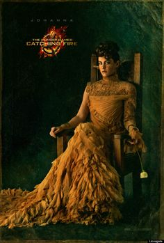 The Hunger Games: Catching Fire Jena Malone in Capitol Couture. A new image from Catching Fire featuring the Johanna Mason in Capitol Couture. The Hunger Games, Hunger Games Catching Fire, Hunger Games Trilogy, Johanna Mason Hunger Games, Hunger Games Poster, Katniss Everdeen, Katniss And Peeta, Jena Malone, Donald Sutherland