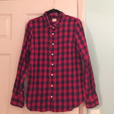 JCREW the perfect shirt flannel Great JCrew flannel. The perfect shirt fit, size M J. Crew Tops Button Down Shirts