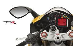 #Aprilia #RSV4 R yellow colour dashboard view
