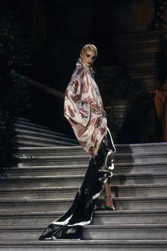 Christian Dior Spring 1998 Couture Fashion Show - Nadja Auermann
