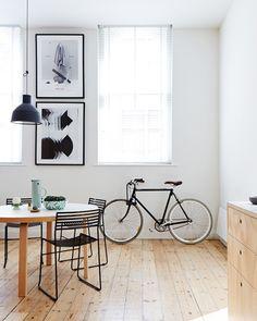 photo 2-wood-scandinavian-interior-deco-apartment_zps2cd1e712.jpg