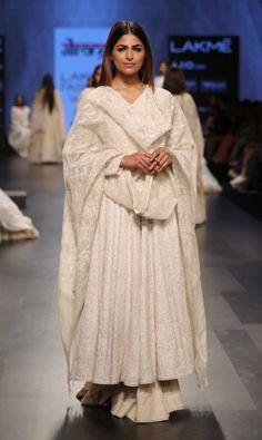 Gaurang Shah - Lakme Fashion Week - SR 17 - 3