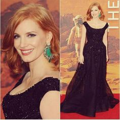 «pulling out the #emeralds at #TheMartian premiere @elizabethstewart1 @marygreenwell  @piagetbrand @eliesaabworld»