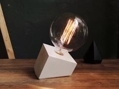 """READY TO SHIP: White concrete lamp """"Tilted Cube"""" - Lighting - Concrete table lamp with textile cable, lightning"""