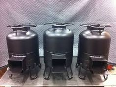 Fogao a lenha - Rocket stoves- freshly painted! Discover thousands of images about Rocket stoves- freshly painted! Rocket Heater, Rocket Stoves, Stove Heater, Stove Oven, Metal Projects, Welding Projects, Welding Ideas, Outdoor Stove, La Forge