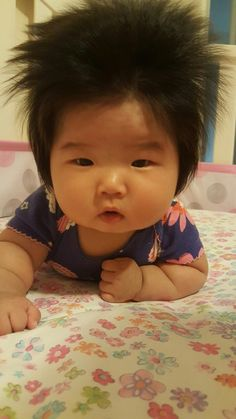 """wittle-cutie: """" cuteness–overload: """" Crazy Baby Hair (photo source): http://imgur.com/r/aww/5Ljc0I2 """" cute as heck"""