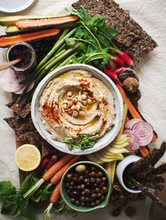 It's Alive! Sprouted Chickpea Hummus (My New Roots) Healthy Afternoon Snacks, Healthy Snacks, Healthy Eating, Appetizer Recipes, Dinner Recipes, Appetizers, Snack Recipes, Pesto, Chickpea Hummus