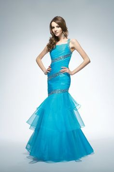 Blue prom dress from Lafee by Jasmine.