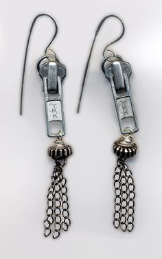 Upcycle zipper earrings