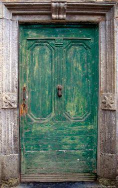 Una porta Verde a Rocchetta | por mareblu2013