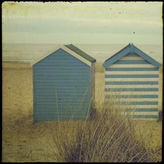 Coastal Living ⚓ English Seaside Beach Huts