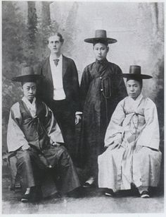 Percival Lowell and the three head members of the first Korean diplomatic delegation to the US, 1883, who helped engineer the 1882 Treaty of Amity and Commerce. From left: Min Yeong-ik, Lowell, Geo Gwang-beom, Hong Yeong-sik.