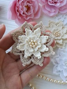 CROCHET FLOWER PATTERN ! PDF Skill level-Beginner - Photo tutorials - Diagram INSTRUCTION IS NOT WRITTEN !! This product is an electronic file so the return can not be! You may not sell, copy, or distribute this product. You can sell and distribute the finished product