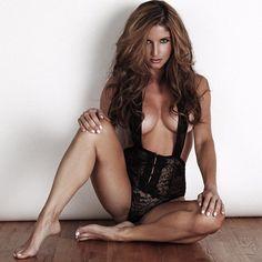 Amanda Ellis - www.facebook.com/amandaellisxo